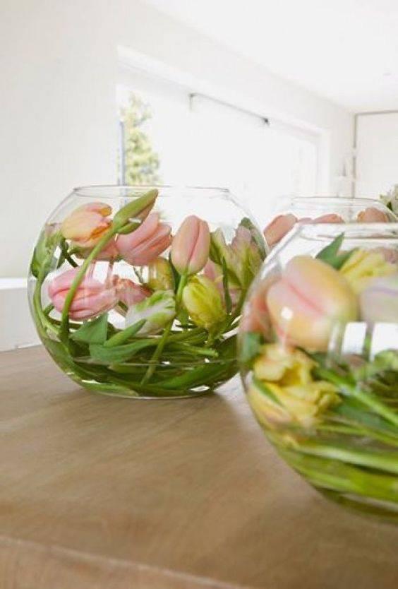 Coole Idee! Die Tulpen können ganz einfach in eine Vase gelegt werden. (© pinterest.com)