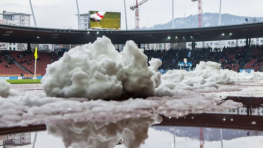 Die für Samstag angesetzt gewesene Challenge-League-Partie Lausanne-Sport gegen Kriens musste ebenfalls verschoben werden