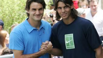 Roger Federer und Rafael Nadal trafen im Juni 2005 in Paris erstmals bei einem Major aufeinander
