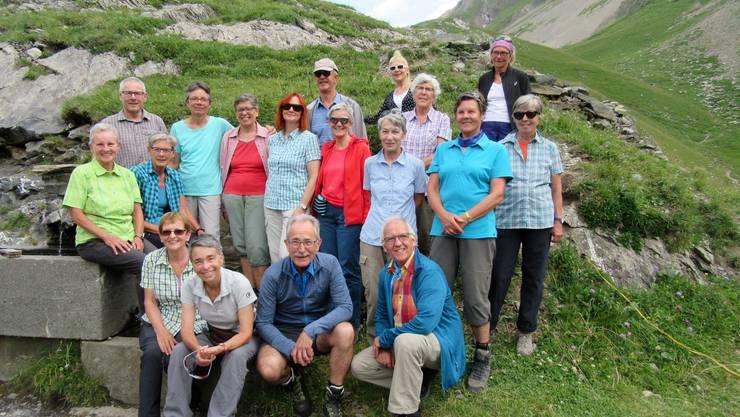 Gruppenfoto neben der Geltenhütte