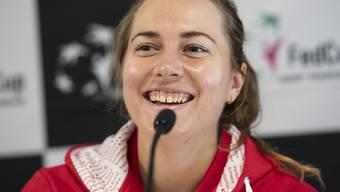 Stefanie Vögele hat gut lachen: Sie gewinnt das Schweizer Duell gegen Viktorija Golubic klar