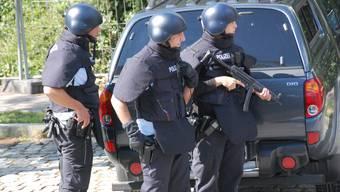 Auf der Suche nach dem Mörder von Adeline M.: Polizei durchsucht Haus in Weil am Rhein
