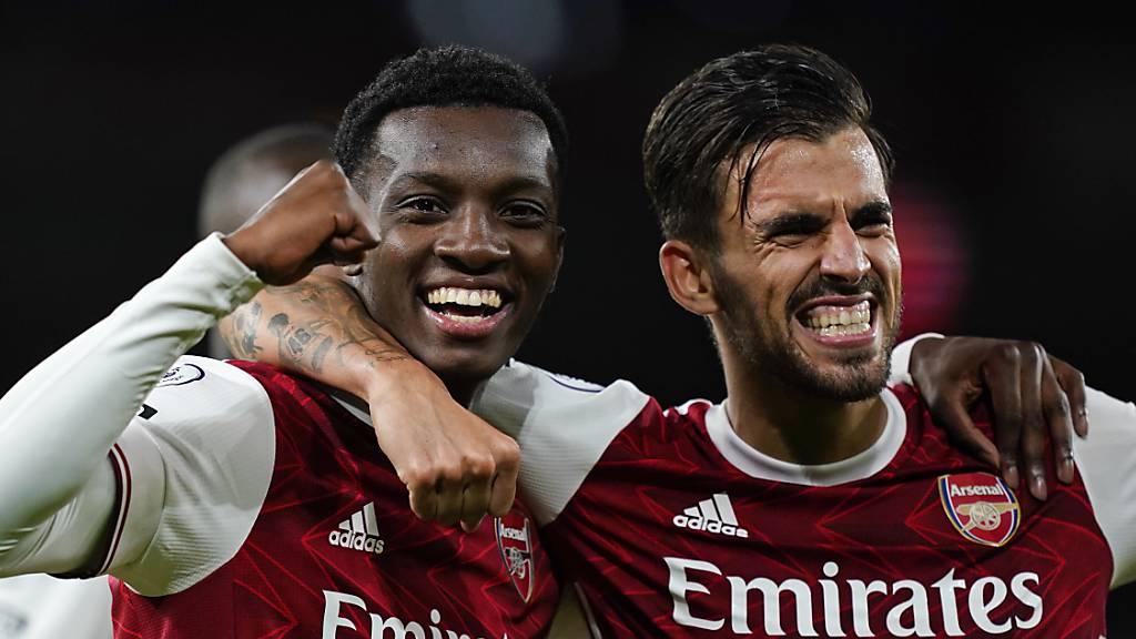 Arsenal mit Glück und spätem Tor zum Sieg