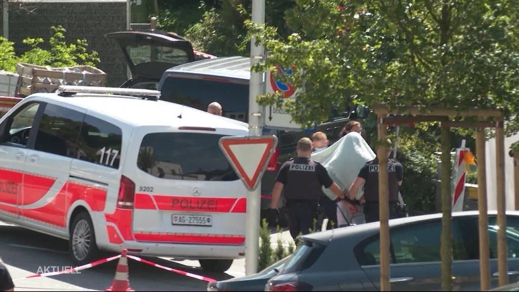 Grosseinsatz Nussbaumen: Mann soll Frau mit Messer angegriffen haben