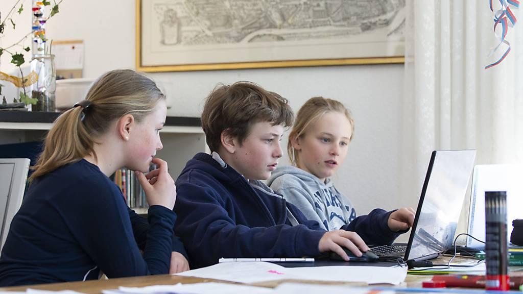 Luzerner Kantonsparlament gegen weitere Massnahmen wegen Homeschooling