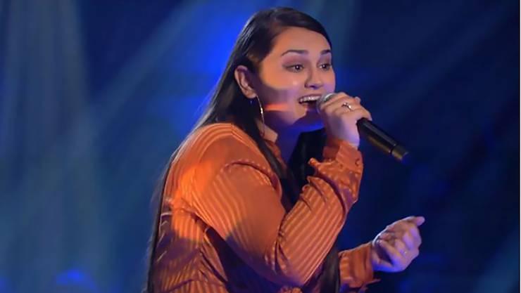Freschta Akbarzada aus Turgi ist bei «The Voice of Germany» eine Runde weiter.
