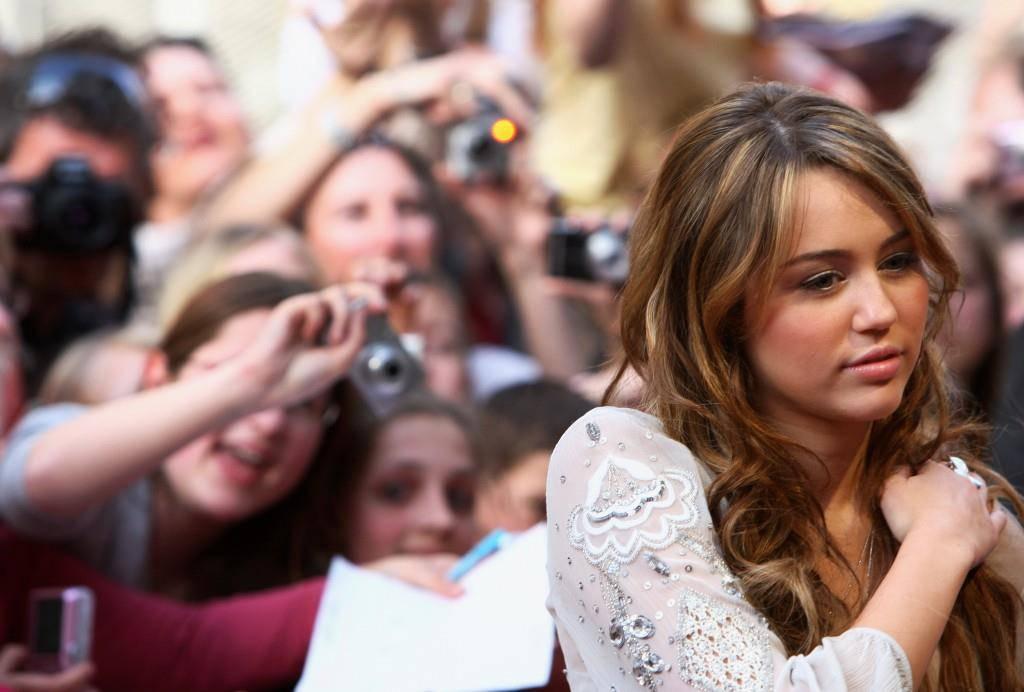 Die Styles von Miley Cyrus (© Getty Images)