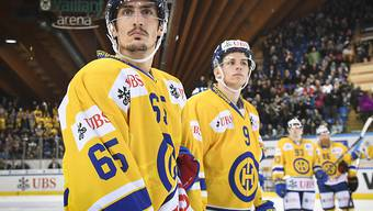 HCD-Stürmer Marc Wieser (links)