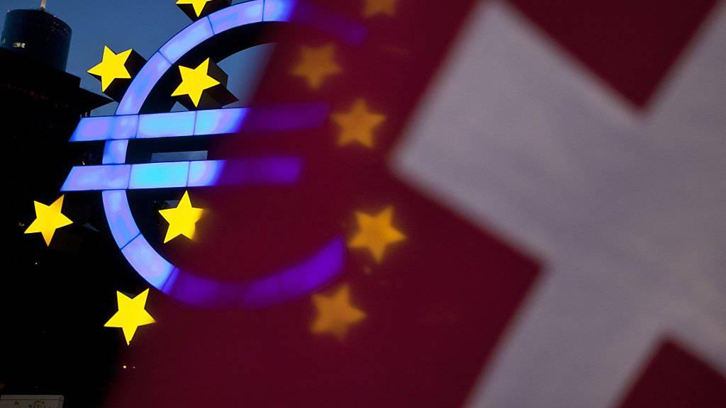Grenzgänger aus Frankreich und Deutschland klagten vor Gericht, weil ihnen ihr Lohn in Euro statt Franken ausbezahlt worden war. (Symbolfoto)