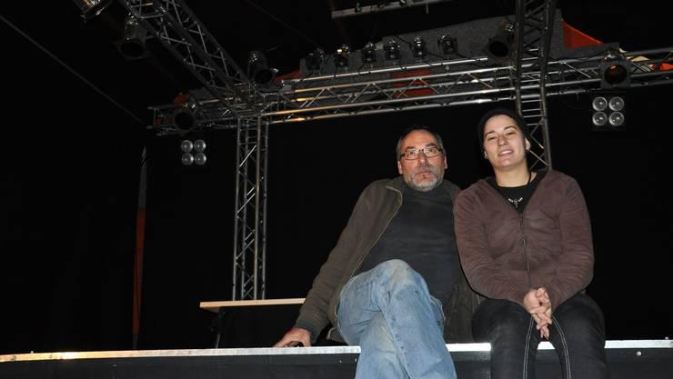Jonas und Romina Küng in ihrem Musikklub Sounddock 14 in Dietikon.