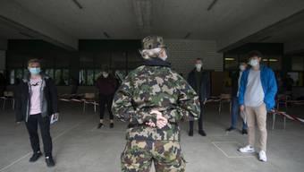 Die Armee hat zum Auftakt der Winter-RS rund 8500 Personen auf Corona getestet. 4 Prozent sind positiv. (Symbolbild)