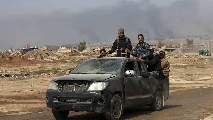 Irakische Sicherheitskräfte rücken auf West-Mossul vor.