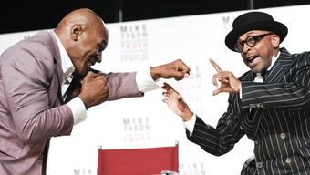 Der ehemalige Box-Champion Mike Tyson (links) mit dem Regisseur Spike Lee in New York