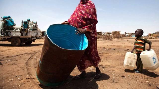 Die Menschen im Südsudan leiden unter dem Konflikt (Archiv)