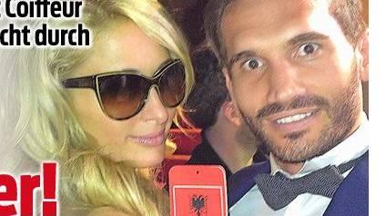 It-Girl Paris Hilton turtelt vor ihrem Freund mit Aargauer Coiffeur