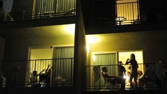 Die 200 jungen Bewohner bei der Seebahnkolonie im Zürcher Kreis 4 sorgen derzeit mit ihren Partys für Lärmklagen. (Symbolbild)
