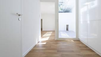 Die Zahl leerer Wohnungen in der Schweiz hat in den letzten Monaten weiter zugenommen, wenn auch moderat. In Basel ist die Zahl der Zweitwohnungen besonders hoch. (Archivbild)