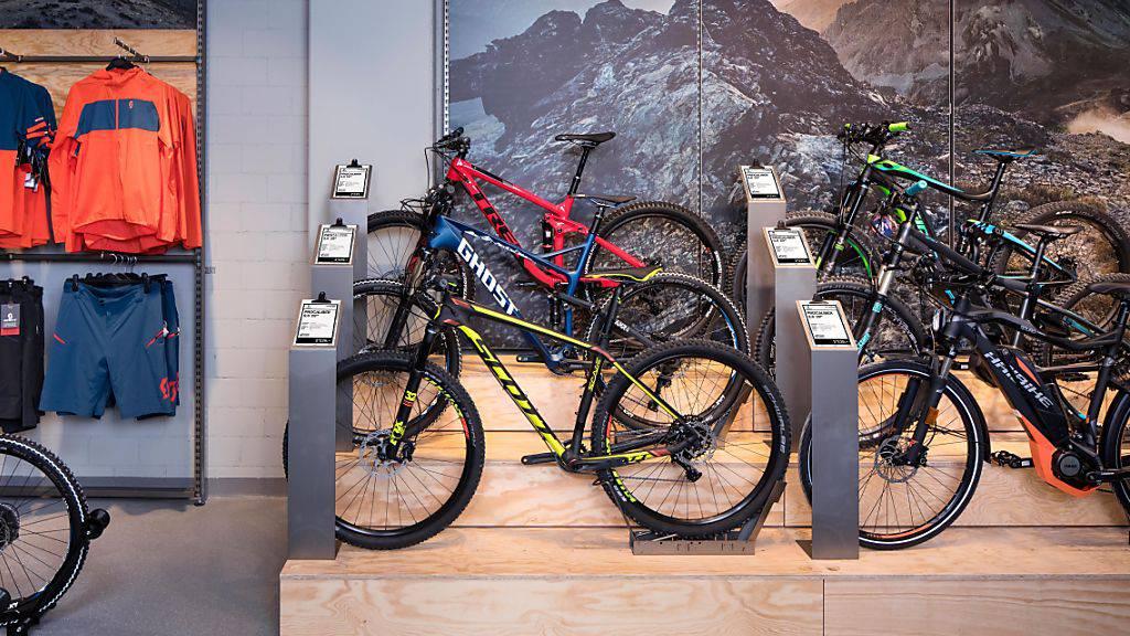 Die Migros will mit ihrer neuen Velo-Fachhandelskette Bike World den Schweizer Bikemarkt erobern.