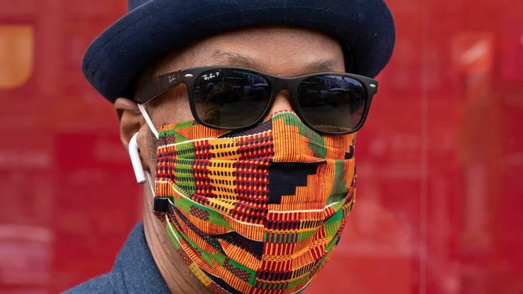 Die Wirkung einer Maske hängt auch davon ab, wie gut sie im Gesicht sitzt.