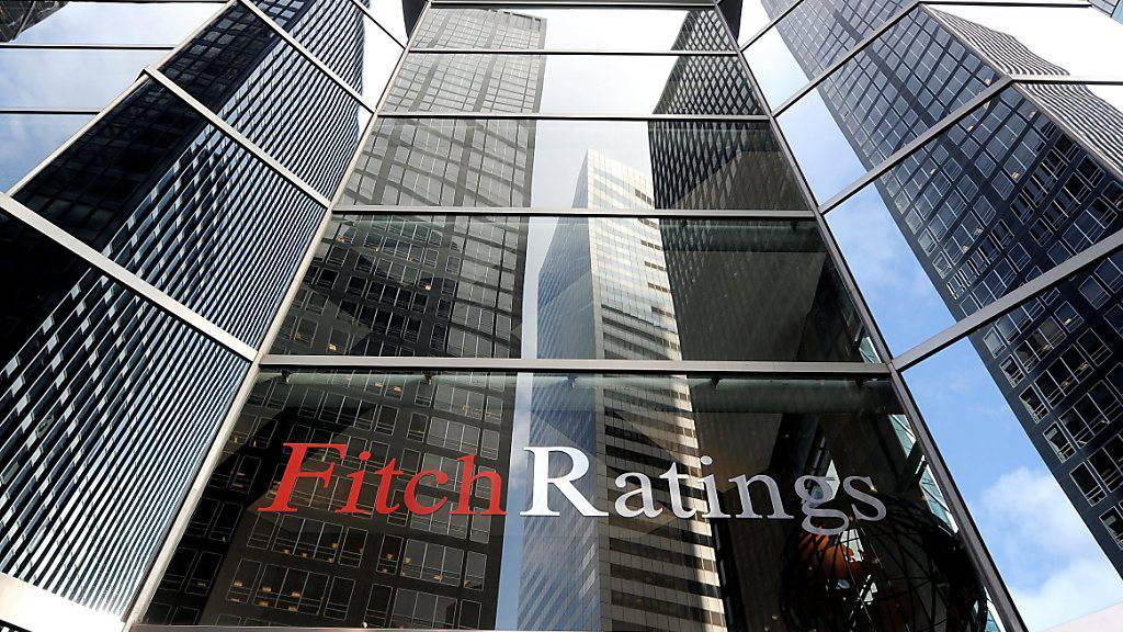 Die amerikanische Ratingagentur Fitch hat am Freitag (Ortszeit) ihren Rating-Ausblick für die USA auf «negativ» von «stabil» gesenkt. (Archivbild)