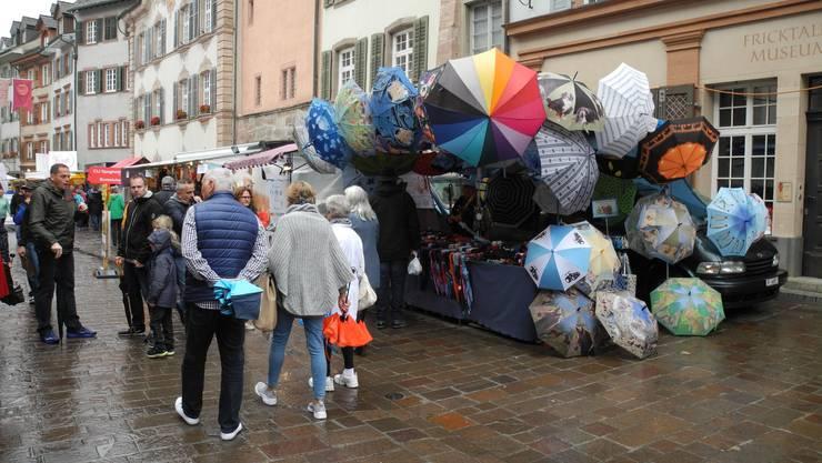 Impressionen vom Herbstmarkt 2019, der bei regnerischem Wetter stattfand