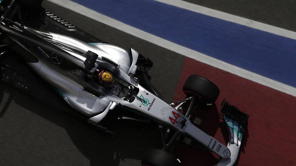 Lewis Hamilton präsentiert nicht nur eine grösser geschriebene Startnummern, sondern auch eine schlankere Nase