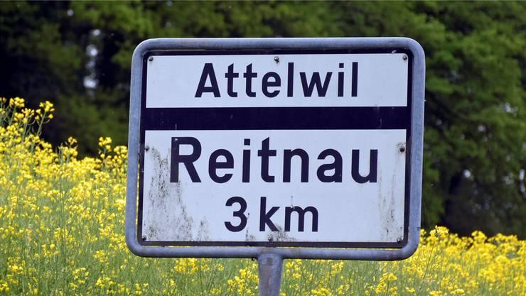 Reitnau und Attelwil fusionieren. Dies sorgt für viel Aufwand, insbesondere bezüglich Adressenänderungen. Archiv
