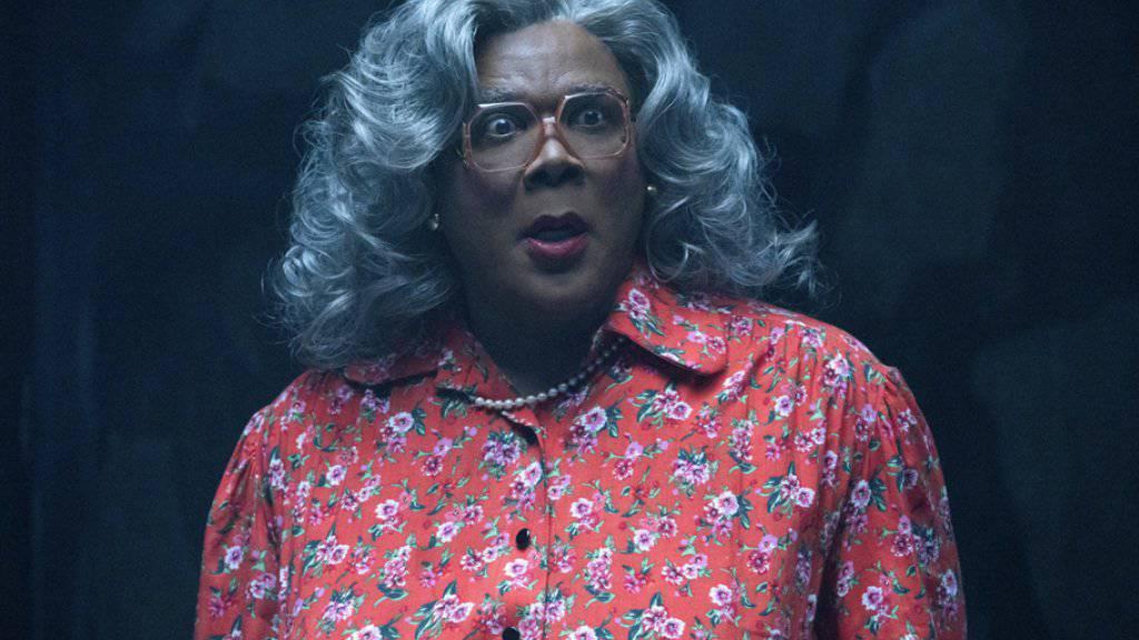 Tyler Perry spielt Madea in der Horrorkomödie «Boo! 2 A Madea Halloween». Der Film setzte sich am Wochenende vom 19. bis 22. Oktober 2017 an die Spitze der nordamerikanischen Kinocharts. (Archiv)