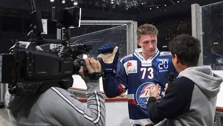 Zumindest im Fernsehen kann Eishockey heute Abend verfolgt werden