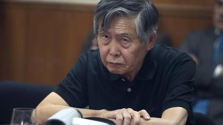 Nicht mehr fit: Perus 79-jähriger Ex-Staatschef Alberto Fujimori leidet unter Herzrhythmusstörungen. (Archivbild)