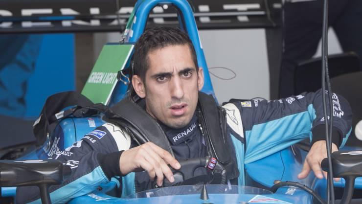 Sébastien Buemi steigt aus seinem Renault e.dams aus