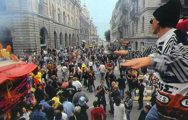 1993 sind es schon rund zehn Mal so viele Teilnehmer.