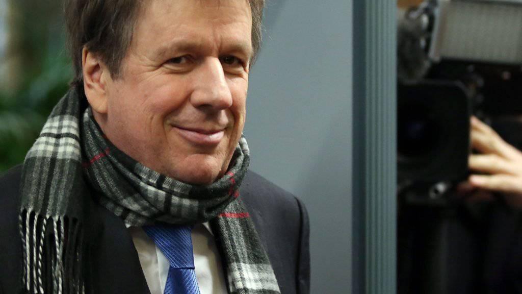 Das Medieninteresse an Jörg Kachelmann bleibt, wie hier beim Gang ins Kölner Gericht im vergangenen Februar (Archiv)