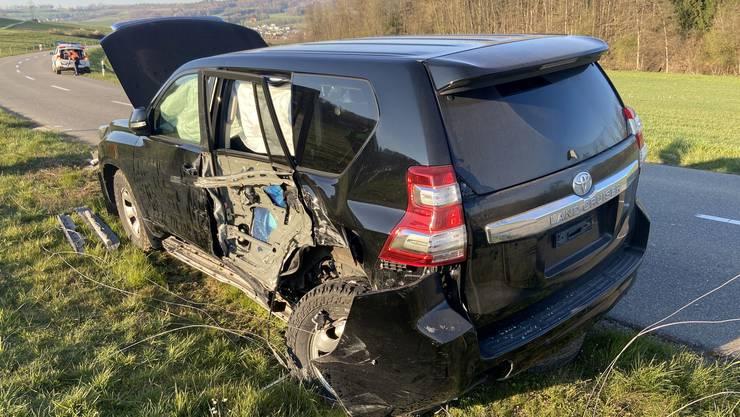 An beiden Fahrzeugen entstand grosser Sachschaden.