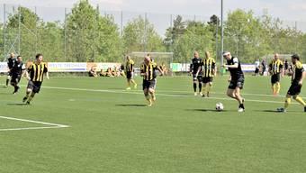 Der FC Küttigen weiht seinen neuen Kunstrasen ein