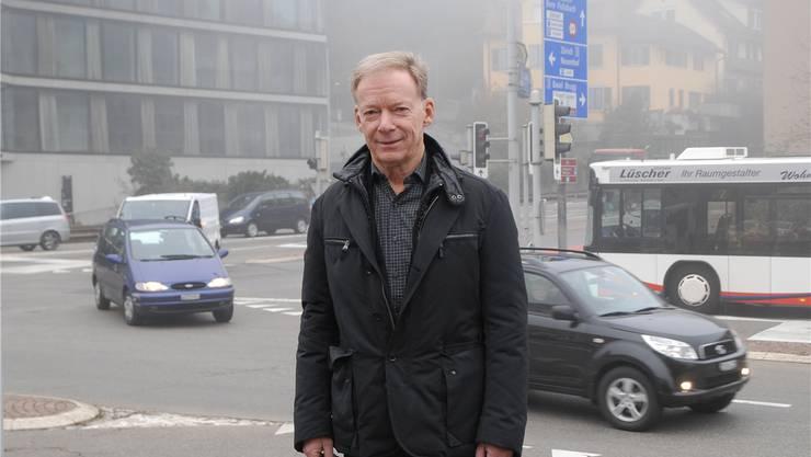 Der Autor Hans Wanner ist Architekt ETH, war Jahre lang Stadtplaner in Baden und auch in die Regionalplanung involviert