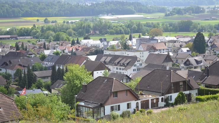 Nach den Rücktritten der Gemeinderäte Jürg Walty und Hans Lutz ist die Lage in Tägerig ungewiss. Nachfolger gibt es bisher keine. Archiv/AZ