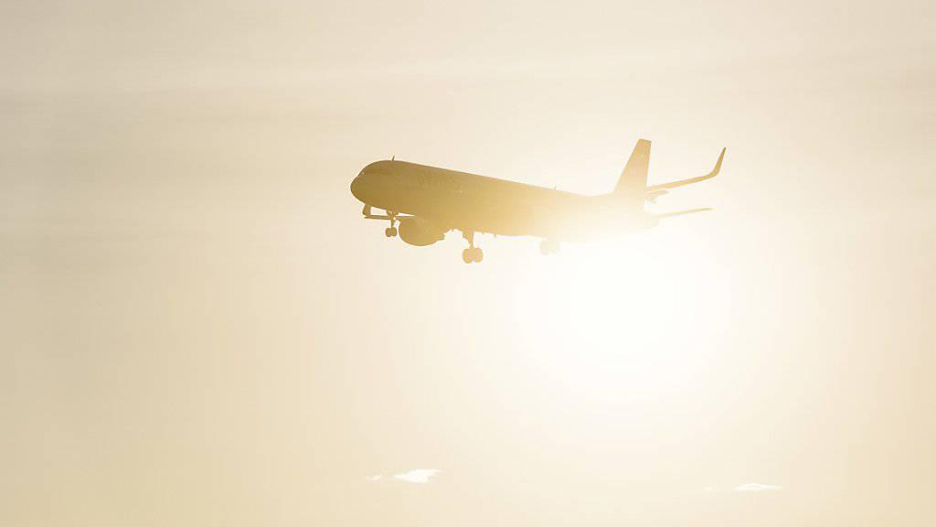 Swiss International Air Lines bietet immer mehr Verbindungen nach Polen an, weil die Nachfrage der Geschäftsleute wegen dem Outsourcing weiter steig.