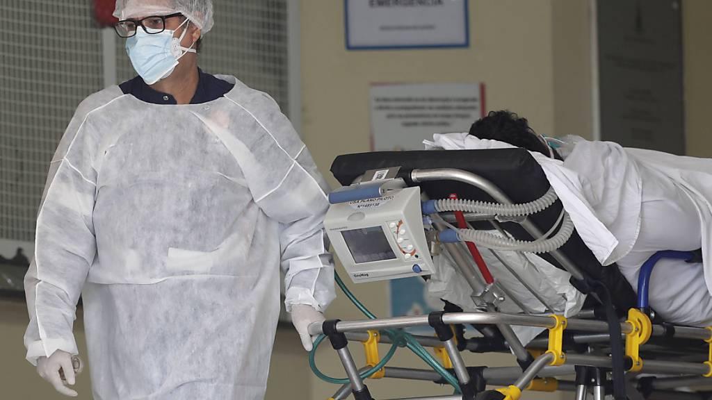 Mehr als acht Millionen Corona-Infektionen in Brasilien