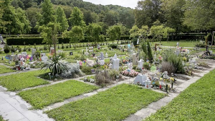 Das Kindergrabfeld auf dem Hörnli ist etwas farbiger gestaltet.