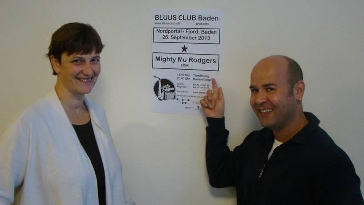 Susanne Slavicek und Christoph Spycher freuen sich auf den Auftritt von Mighty Mo Rodgers. DENNIS KOLCAVA