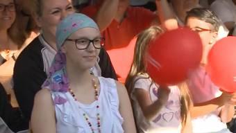 Eine 15-Jährige aus Bad Zurzach braucht dringen eine Knochenmarksspende. Heute Freitag sammelte die Bevölkerung Geld für sie und ihre Familie.