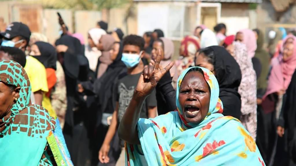 Das Militär putscht im Sudan: Dringlichkeitssitzung im Sicherheitsrat