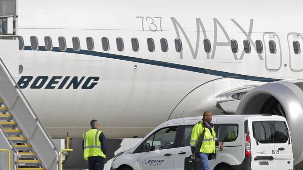 Der Boeing-Konzern hat mit einer überarbeiteten Software bereits mehrere Flüge mit dem Krisenjet der 737-Max-Reihe absolviert. (Archivbild)