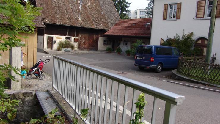 Bachstrasse: 35 Alterswohnungen und 25 Wohnungen. (Bild: fuo)