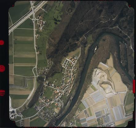Diese Aufnahme wurde von Swissair Photo AG von Mülligen (hochgeflogen) gemacht.