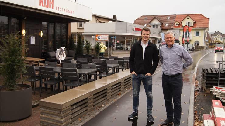 Die Metzger Yves und Jörg Strässle (rechts) erlitten in den letzten Monaten Einbussen von bis zu 24 Prozent. Jetzt hoffen sie , dass die Kunden zurückkommen.
