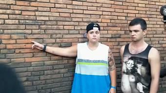 Als sie zur verunstalteten Wand zurückkehrten, klickten die Handschellen – nun drohen den Sprayern zehn Jahre Haft