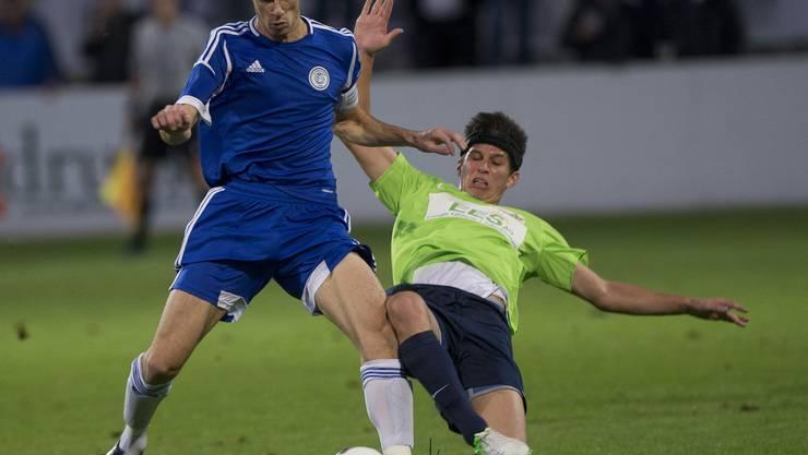 Auch Solothurn - hier Jan Hartmann (links) gegen Sascha Stauffer - kann den Grenchner «Lauf» nicht stoppen.