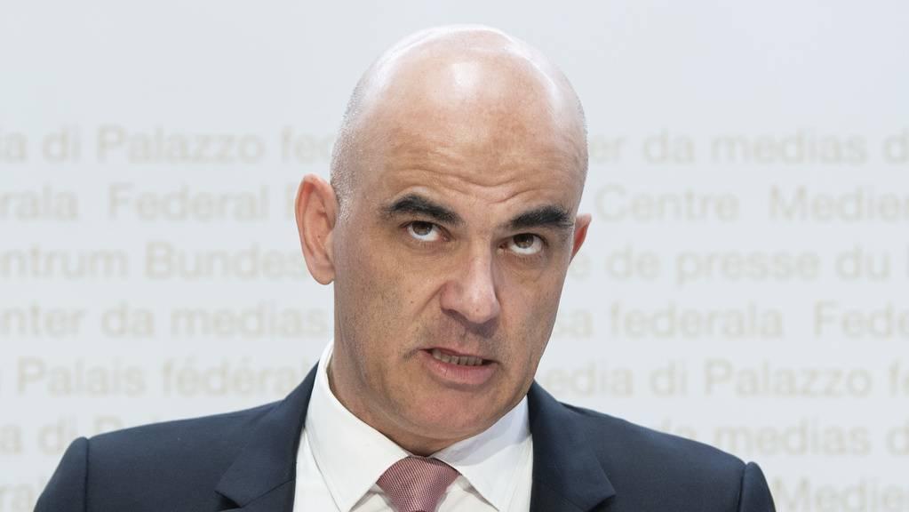 Bundesrat Alain Berset informiert zu möglichen neuen Massnahmen.